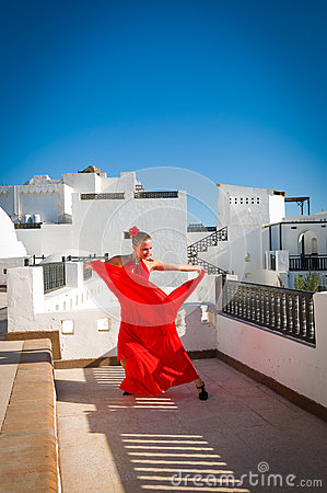Free Flamenco Dancer Royalty Free Stock Image - 34323196