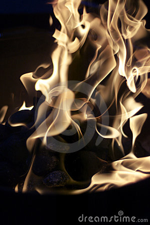 Free Flames On Barbeque Grill Royalty Free Stock Photography - 210417
