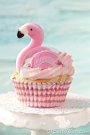 Free Flamingo Cup Cake Stock Photo - 115861280