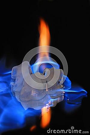 Flamming ice cubes