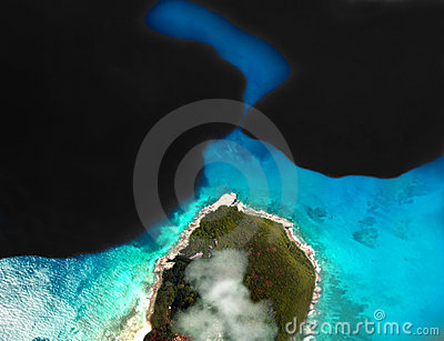 Flaque de pétrole sur la mer
