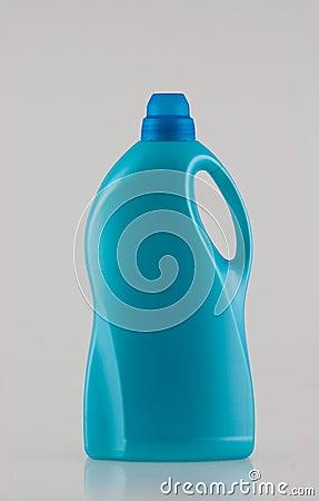 Flasche des Wäschereireinigungsmittels