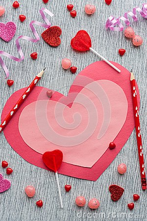 Free Flat Lay Arrangement Of Pink And Red Valentine With Pencils And Candy On Grey Background Royalty Free Stock Images - 109420979