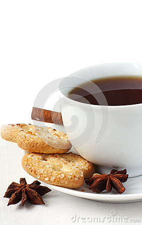 Flavor tea with biscuits