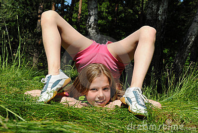 Girl playing naked outside xxx small girl 1
