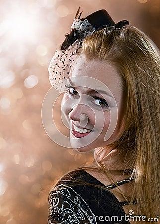 Flickan i hatt med skyler