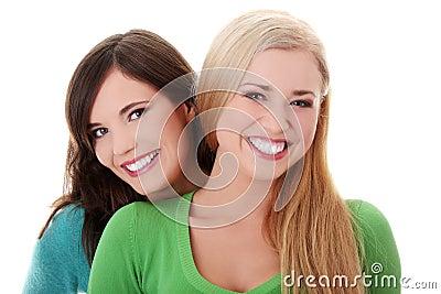 Flickor lyckliga två