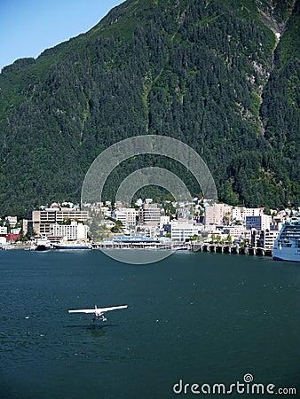 Flight into Juneau, Alaska