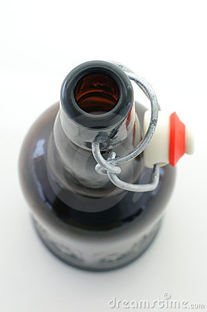 Flip-top beer bottle