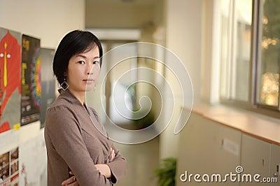 Fällige asiatische Frau