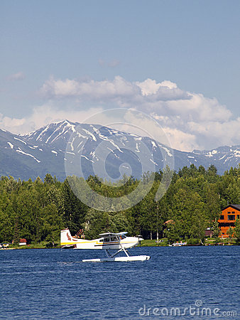 Float plane on Seymore lake