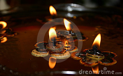 Floating Candles (1)
