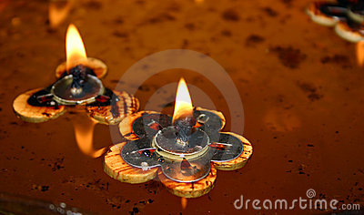 Floating Candles (2)