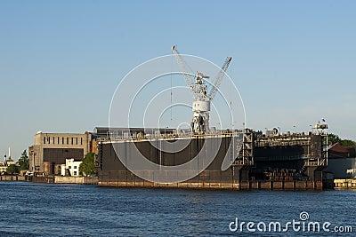 Floating dock to St. Petersburg