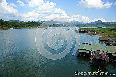 Floating houses, wangka, mon minority village