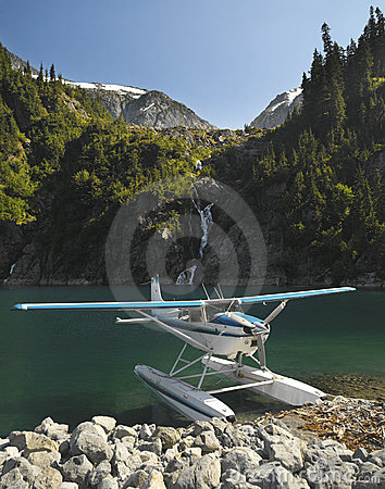 Floatplane - Rocky Mountains - Canada