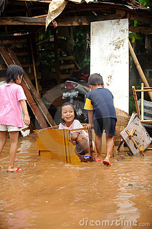 Flood, Children Playing