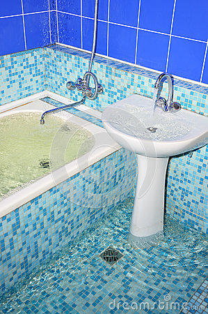 Free Flood In The Bathroom Stock Images - 31230424