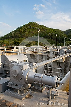 Floodgate mechanism at water reservoir.