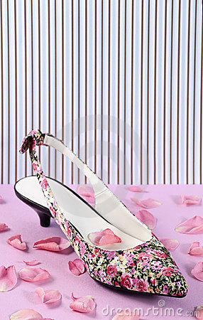 Floral pattern women shoe