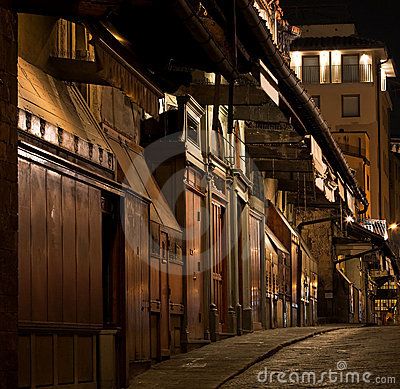 Florence ponte vecchio jewelry shops stock image image for Dream store firenze