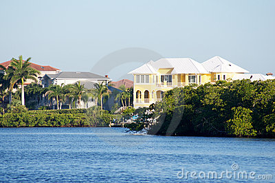 Florida homes on canal