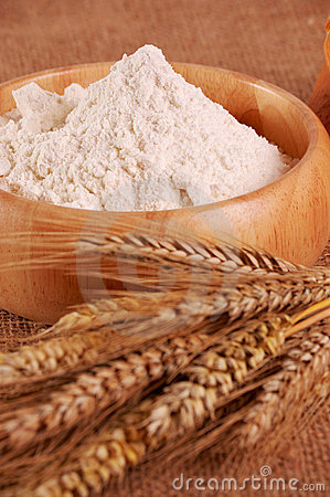 Flour with ear of wheat