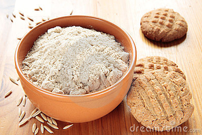 Flour of oat and oat cookies