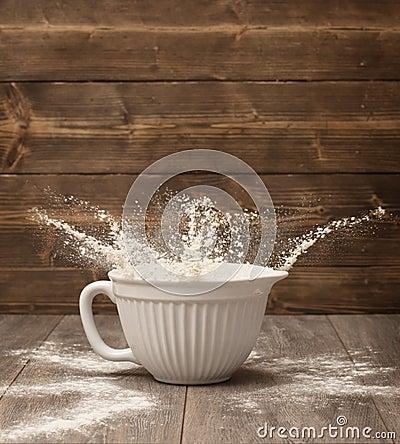 Flour Splash