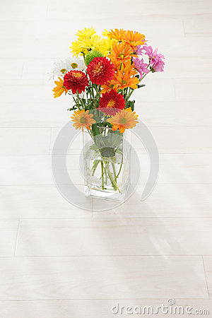 Free Flower Arrangement Royalty Free Stock Photo - 27845795