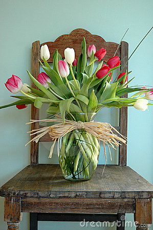 Free Flower Arrangement On Chair Stock Images - 104414