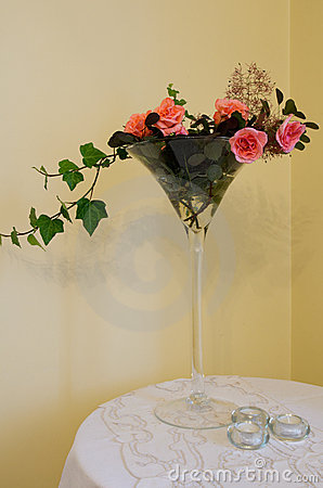 Flower composition in the glass