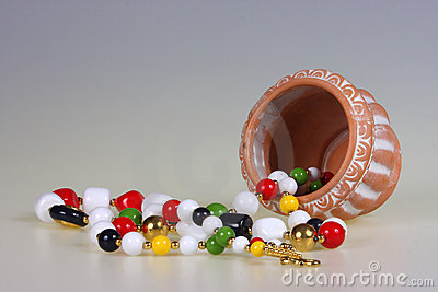 Flower-pot and beads