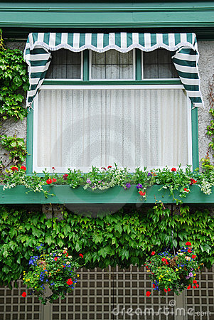 Flower window in butchart garden