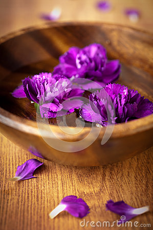 Flowers in a bowl with water for spa