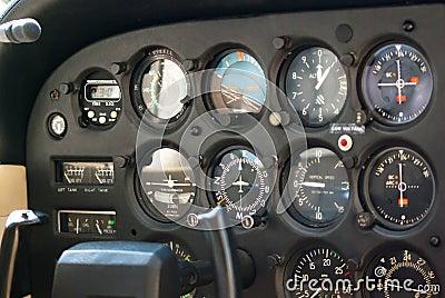 Flugzeug-Instrumentenbrett