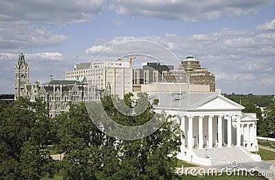 Flyg- sikt av den 2007 återställda Virginia State Capitol Redaktionell Foto