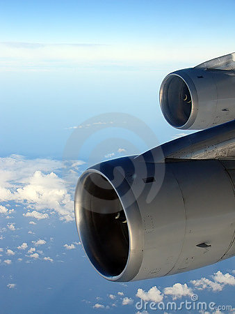 Flying High - 2 Jet Engines at Altitude