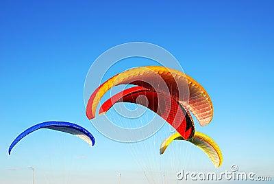 Flying parachutes