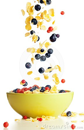 Free Flying To The Bowl Corn Flakes With Berries Royalty Free Stock Photography - 24502997