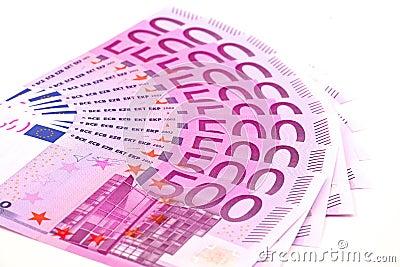 Fünfhundert Eurobanknoten