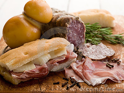 Focaccia with ham and cheese