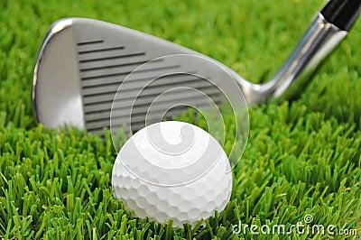 Focus on golf ball