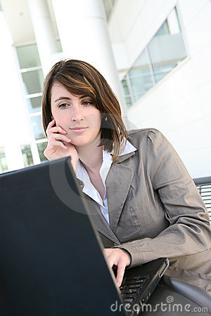 Free Focused Woman On Laptop Computer Stock Photography - 12362292