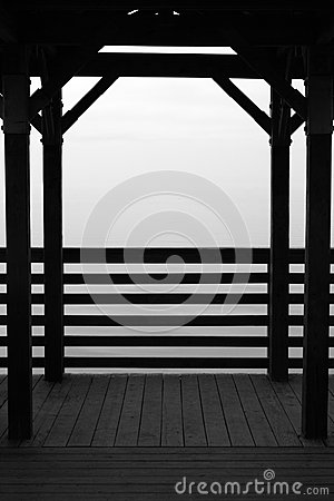 Free Fog Engulfed Dock Stock Photo - 37473640