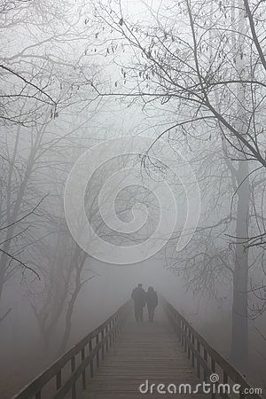 Free Fog On Bridge Royalty Free Stock Photo - 61398905
