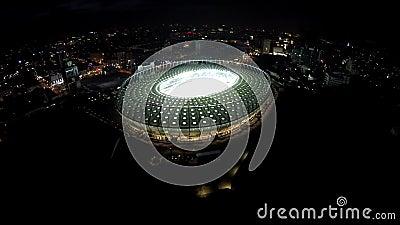 Folâtre le point de repère de tourisme, arène majestueuse pour des tournois du football, vue aérienne banque de vidéos