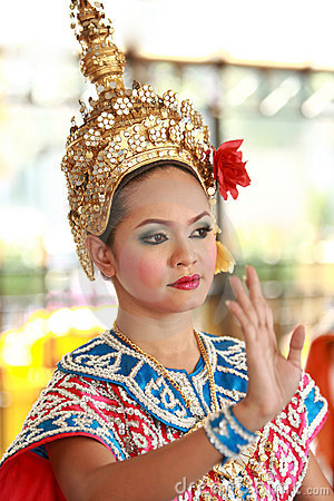 Free Folk Dancing,Bangkok,Thailand Stock Photo - 15072920
