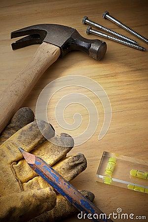 Fondo de madera con las herramientas