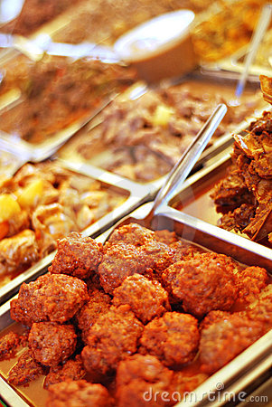 Free Food Buffet On Hot Trays Royalty Free Stock Image - 12525256